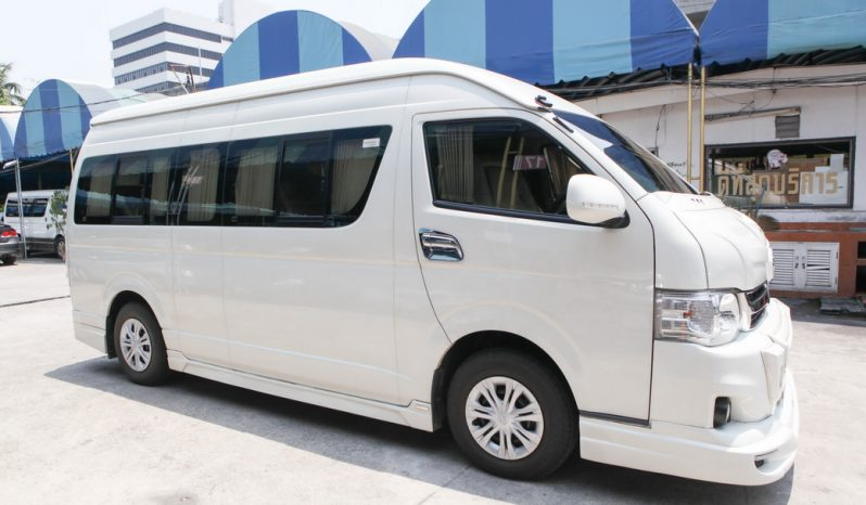 TOYOTA HIACE COMMUTER D4D 2.5 MT VAN 2013 full