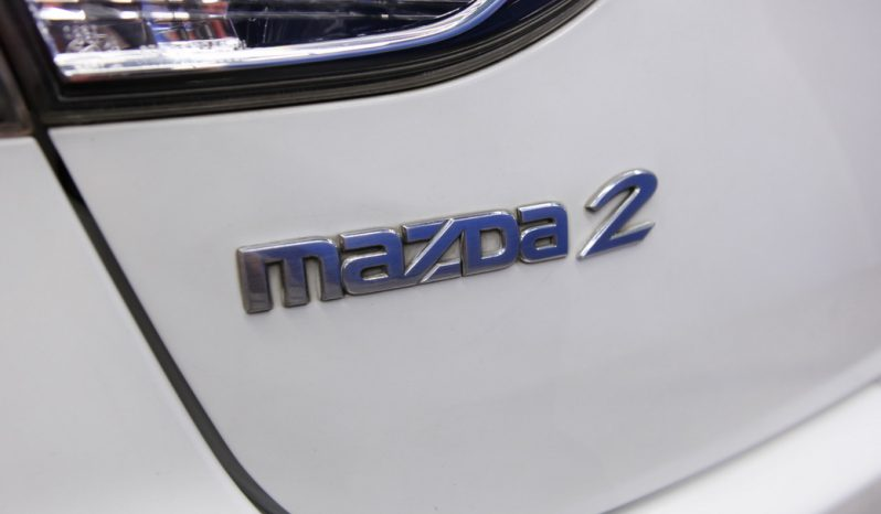MAZDA 2 ปี 2011 full