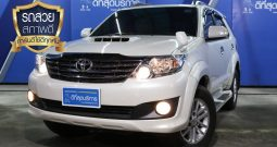 TOYOTA FORTUNER ปี 2012