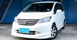 HONDA FREED EL ปี 2011
