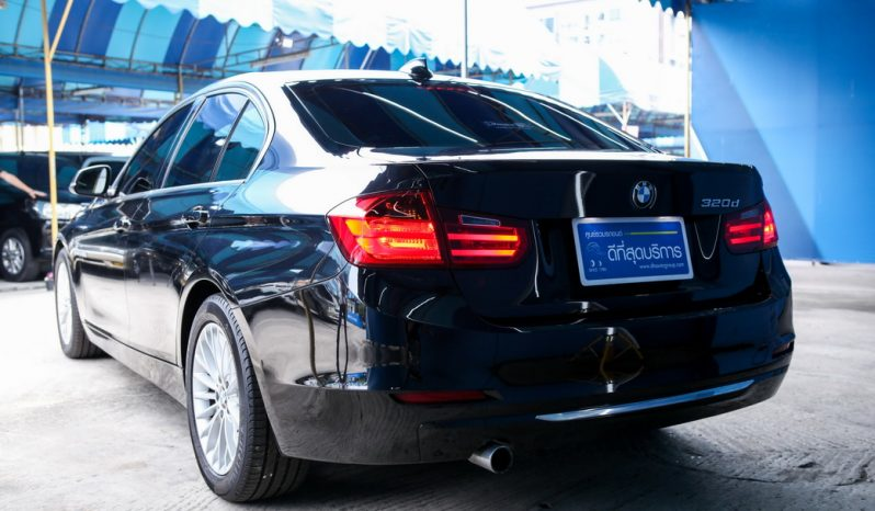 BMW 320d Luxury ปี 2013 full